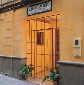 Aljibe de San Miguel Baños Arabes..:::..Localización..:::